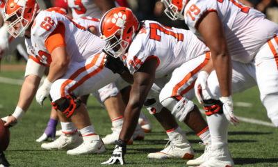 Clemson-Tigers-football-offensive-line